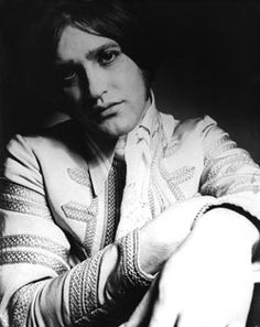 A Dandy In Aspic: Dave Davies - 1960's Peacock Style Icon