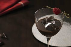 New Baileys Chocolat Luxe - captures the rich flavour and velvety texture of dark chocolate in an intense, #luxurious #drink mixed with your favourite Baileys Original Irish Cream Liquor... via thebar.com