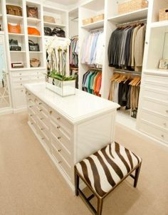 How To Arrange Your Walk In Closet. Repin now and check the site later for lots of ideas