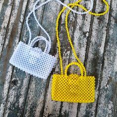 Beaded Purses, Beaded Bags, Beaded Ornament Covers, Back Bag, Popular Handbags, Diy Purse, Cute Bags, Jewelry Patterns, Handmade Bags