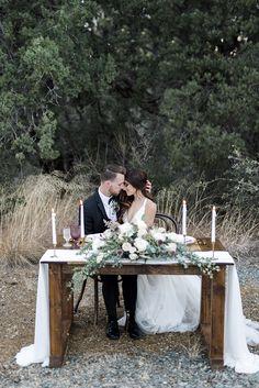 Winter Wedding Planning Tips аnd Ideas Wedding Flower Arrangements, Wedding Centerpieces, Wedding Table, Rustic Wedding, Wedding Ceremony, Floral Wedding, Wedding Venues, Wedding Flowers, Wedding Signing Table