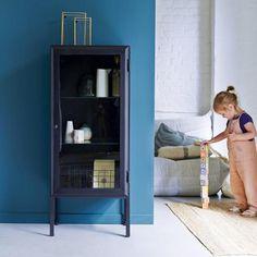 Tikamoon offers a large choice of display cabinets. Tall Cabinet Storage, Locker Storage, Solid Wood Kitchens, Glazed Glass, Kitchen Dresser, Metal Mirror, Cupboard Doors, Wood Cabinets, Display Cabinets