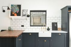Kitchen of the Week: A Shaker-Inspired Kitchen in East Dulwich (Remodelista)