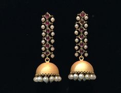 Different Types Of Earrings To Wear Gold Jhumka Earrings, Jewelry Design Earrings, Gold Earrings Designs, Silver Drop Earrings, Jewelry Rings, Gold Designs, Dainty Jewelry, Jewellery Designs, Stone Jewelry
