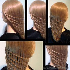 Braiding all the hair[Plait], Trenzar todo el pelo]تجديل كل الشعر編織所有的頭髮...