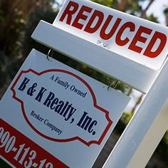 Report: 1 in 4 sellers forced to lower asking price - MSN Real Estate It is true buyers are dwindling and the quiet 'holiday season' is coming.