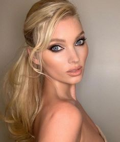 200 Best Makeup Ideas For Any Season To Enhance Your Beautiful Facial Features Huda Beauty, Beauty Makeup, Hair Makeup, Makeup Shop, Makeup Art, Elsa Pictures, Hot Hair Colors, Lob Hairstyle, Elsa Hosk
