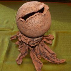 2-piece terra cotta sphere and base