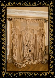 House Gown Curtains by Sera & Sestra — Sera of London Victorian Curtains, Victorian Windows, Country Bedroom Design, French Country Bedrooms, Shabby Chic Curtains, Country Curtains, Victorian Interiors, Vintage Interiors, Victorian Window Treatments