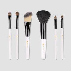 $12.99 (#coupon code 8RGHX77P) --- Ducare® Best Professional 6 Pieces Makeup Brush Set with Black Classic Bag.