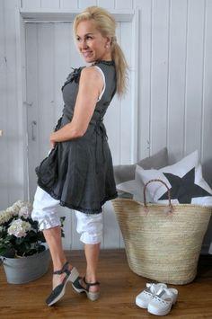 Long linen vest, Grey http://www.linenbypias.fi/long-linen-vest-grey-p-164.html