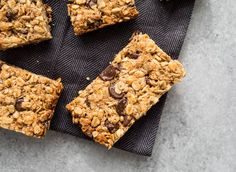 Gluten-free Healthy Chewy Granola Bars chocked full of oats, sunflower seeds, cranberries, flax seed, and chocolate chips, sweetened with honey!