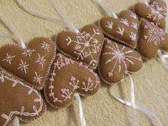 Karácsonyi dekoráció / Felt Christmas ornaments
