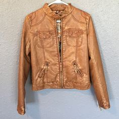 BKE jacket Perfect for spring! Perfect condition BKE Jackets & Coats