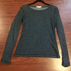 F21 top Forever 21 top, sort of light sweater material, size M Forever 21 Sweaters Crew & Scoop Necks