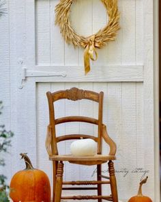 Fall Kitchen Decor, Fall Home Decor, Autumn Home, French Country Cottage, Cottage Style, Autumn Decorating, Decorating Ideas, Glitter Candles, Outdoor Living Rooms