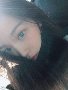 Kpop Girl Groups, Korean Girl Groups, Kpop Girls, Eyes On Me, R Man, Forever Girl, Mask Girl, Uzzlang Girl, Japanese Girl Group