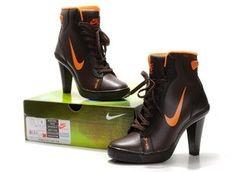 Encontre Bota Tnis Nike De Salto Alto Para Mulheres Do 34 A 39 - Calçados 10651ee60e52c