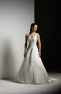 Charming A-line With Straps Applique Empire Waist Sweep Length V-neck Wedding Dress (VWD-090)
