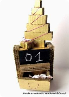 Countdown Natale: calendario avvento cartone ed effetto lavagna