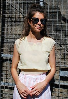 e4f93f546a530 Vintage+Lemon+Crop+Top White Shorts, Lemon, Asos, White Trousers
