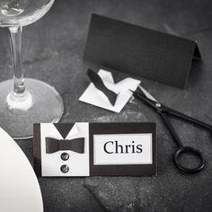 Kreative ideer til Bordkort til konfirmasjon DIY Wedding Reception Locations, Wedding Seating, Wedding Catering, Wooden Wedding Signs, Rustic Wedding, Romantic Weddings, Unique Weddings, Menu Cards, Wedding Reception Decorations