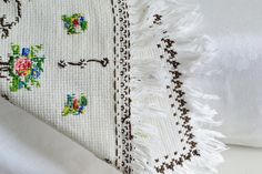 Embroidered small tablecloth with fringe by GrannyHannasCottage