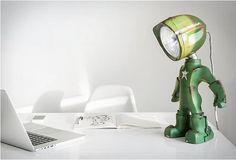 Atarlı Masa Lambası The Lampster _____ Table Lamp The Lampster . . #teknolsun #tech #technology #teknoloji #instatech #teknolojik #techno #techturkey #igtech #lamba #masalambasi #thelampster #lamp #tablelamp #şeyler #gear #gadget #kickstarter #kickstartercampaign #kickstarterproject