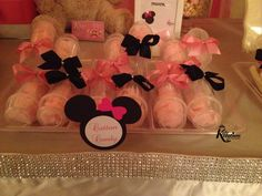 Minnie Mouse Cotton Candy Push Pops   www.KuteKreations.com