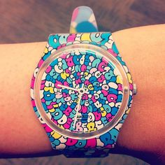 I want a swatch so badly!!