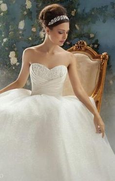 Alfred Angelo Disney Princess Collection - Alfred Angelo Cinderella 205 (wedding gown)