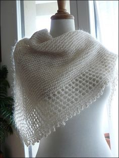 Free Knitting Pattern: Mousseux Shawl by Organdi Bidouille - Very pretty! Shawl Patterns, Knitting Patterns Free, Free Knitting, Free Pattern, Crochet Patterns, Doily Patterns, Knitted Shawls, Crochet Scarves, Crochet Clothes