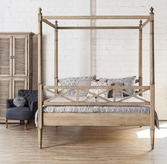Neu im #Shop! Aber, kommt uns dieses #Bett nicht bekannt vor? JA: Es ist unser #Himmelbett Paulina! Allerdings aus #Eiche und nicht aus weißem Pinienholz. So kommen wir dem #Landhausstil doch wieder ganz nahe ❤ ~ www.edlewelt.de ~