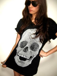 t-shirt with #Damien Hirst skull stamp