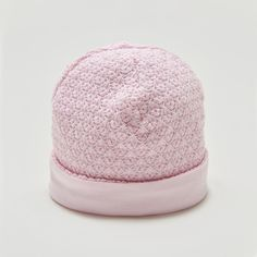 A cute hat from Kissy Kissy Baby Grand collection. Made from soft organic pima cotton, gentle on baby's delicate skin.