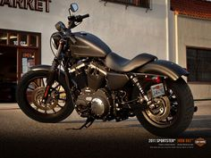 Harley Davidson Iron 883 | I'm not much of a Harley fan...but I like this guy.