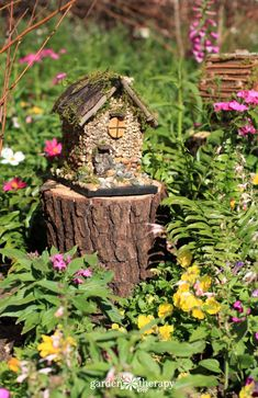 How to Make a Foraged Fairy House|fairiehollow.com