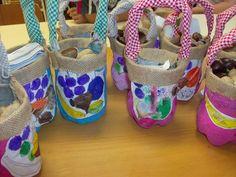 Resultado de imagem para sacos pão por deus Diaper Bag, Baby Shoes, Education, Kids, Final Fantasy, Bread Bags, Sint Maarten, Crafts For Children, Autumn