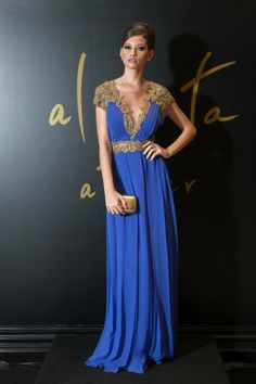Vestido Patricia Bonaldi Bordado. Encontrado em Alberta Atelier.
