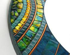 Mosaïque Art - mosaïque de miroir - rond, décoration murale en bleu, turquoise, jaune et cuivre,