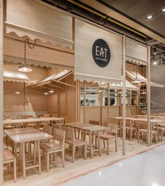Wood Chipping: Onion Designs All Wood Eatery at Emquartier Wood Interior Design, Restaurant Interior Design, Cafe Interior, Cafe Shop, Cafe Bar, Commercial Design, Commercial Interiors, Cafe Design, Store Design