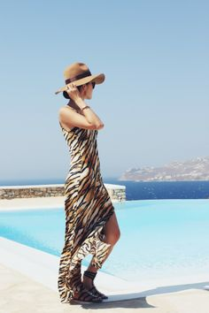Chriselle_lim_greece_Mykonos_Lovers_Friends_revolve_Tiger_print_maxi_dress_2