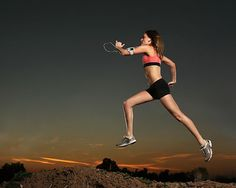 Cardio is extremely important for weight loss and a great cardiovascular health. However, there are many bodybuilders who do not give much importance to cardio. This is because they don't want to see their muscle mass reducing. Best Diets To Lose Weight Fast, How To Lose Weight Fast, Weight Loss Diet Plan, Fast Weight Loss, Losing Weight, Running Workouts, Cardio Workouts, Aerobic Exercises, Running Tips