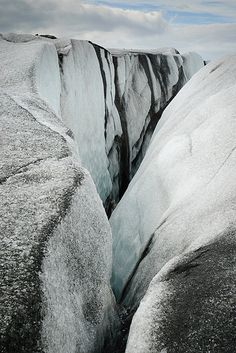 Skaftafell Glacier Hiking - Iceland I went glacier hiking its one of the best experiences I could ever have What A Wonderful World, Beautiful World, Ice Climbing, Iceland Travel, Adventure Is Out There, The Great Outdoors, Wonders Of The World, Places To See, Waterfalls