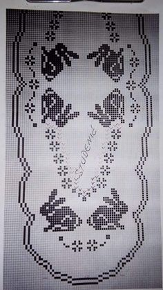 Easter Crochet Patterns, Crochet Doilies, Embroidery Patterns, Cross Stitch Patterns, Boarder Designs, Fillet Crochet, Crochet Table Runner, Crochet Animals, Hobbies And Crafts