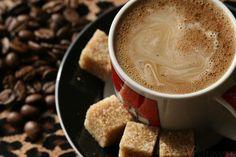 Кофе с имбирем. Food Decoration, Chocolate Coffee, Latte, Smoothies, Deserts, Drinks, Tableware, Health, Recipes