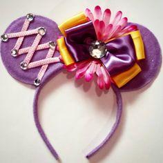 Rapunzel inspired Mouse Ears for Kassidy Diy Mickey Mouse Ears, Diy Disney Ears, Disney Mickey Ears, Disney Bows, Disney Diy, Disney Crafts, Disney Headbands, Ear Headbands, Rapunzel