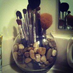 makeup brush holder #diy