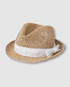 Sombrero de niña Gap en natural