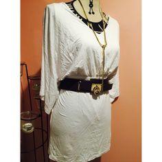 ❄️ w h i t e  a n g e l  m i n i  d r e s s ❄️ NWOT, size large, has amazing stretch, mini, cape style top. Lulu's Dresses Mini